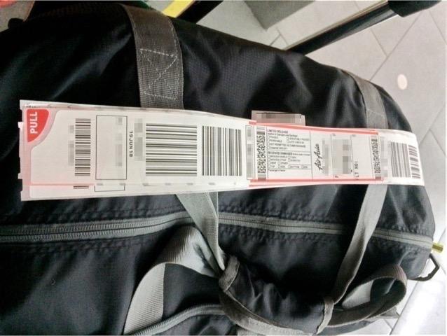 Baggage tag 00